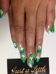 gradient green and flowers