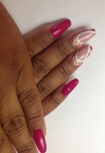 vintage papillon nail art