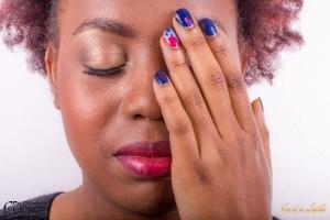 nail art vernis semi-permanent bleu et rose