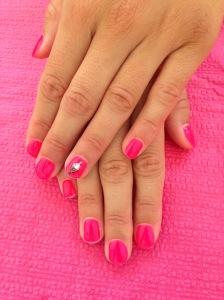 vernis semi permanent neon pink